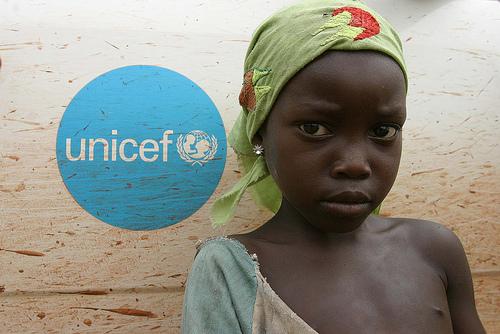 unicef africa bilaketarekin bat datozen irudiak